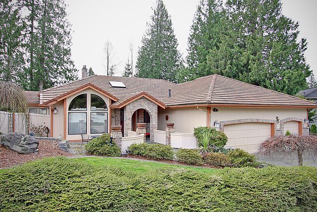 Home Sale Maple Valley Cedar Downs neighborhood Amber Bills Real Estate